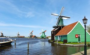 Half day trip to Zaanse Schans and Amsterdam canal cruise