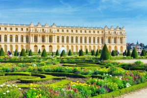 Private Versailles Palace visit with golf car tour of the gardens